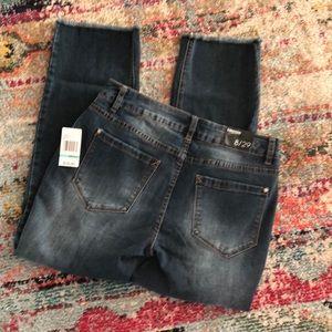 Kensie Straight Crop Jeans Distressed Raw Hem 8 29